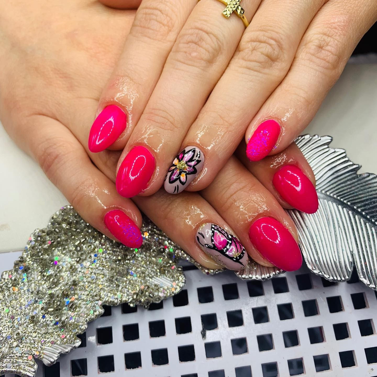 Trendy And Popular Summer Nail Colors Nails By Moniss